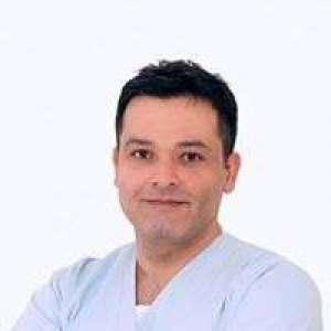 dr-aref-al-omar-a-a-dental-clinic-kuwait