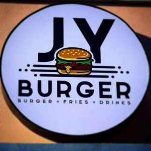 jy-burger-restaurant-kuwait
