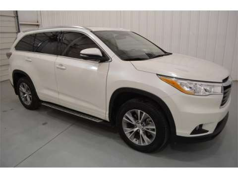 urgent-sale-my-used-2014-toyota-highlander-4x4-kuwait