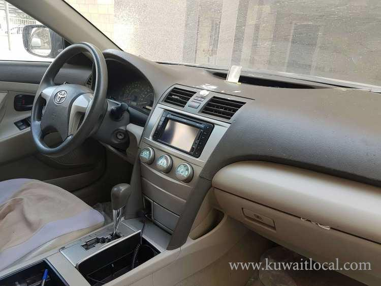 Toyota-Camry-2009-for-sale-kuwait