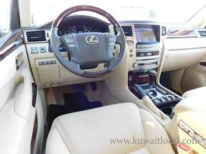 2014 LEXUS LX 570 - NO ACCIDENT, WELL SERVICED in kuwait