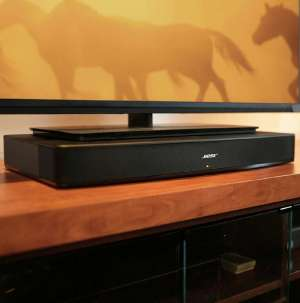 Bose Solo 15 Series II TV Sound System with remote control in kuwait