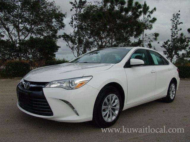 kuwait local for sale used 2015 toyota camry le. Black Bedroom Furniture Sets. Home Design Ideas