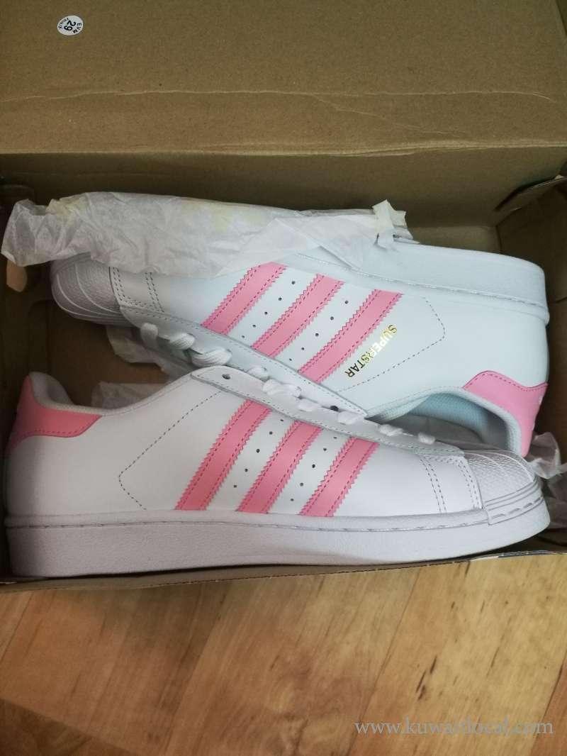 lady-shoes-kuwait