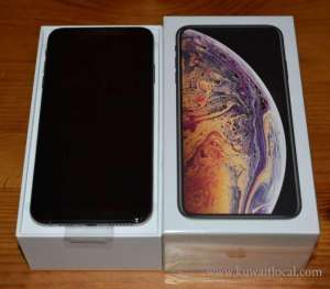 new-latest-iphone-x-xs-max-xr-xs-8plus-7plus-1yr-applecare-warranty-in-box in kuwait