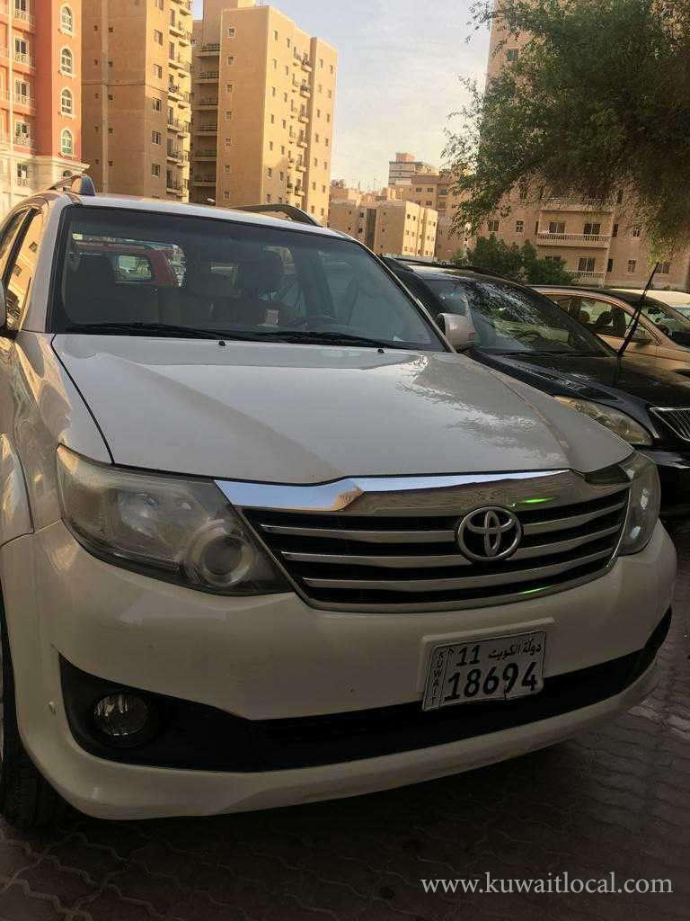 Toyota-Fortuner-2013-model-for-sale-kuwait