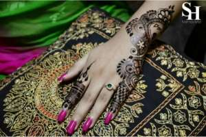 henna-artist-for-any-occasion in kuwait