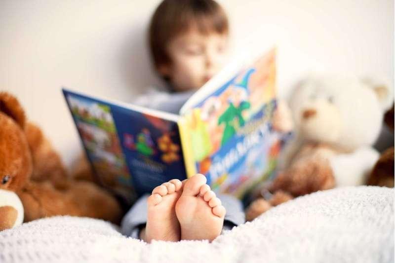 children-interactive-book-reading-kuwait