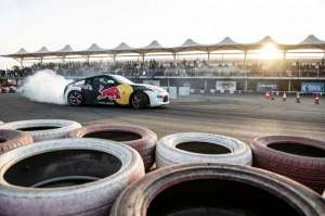red-bull-car-park-drift-7_kuwait