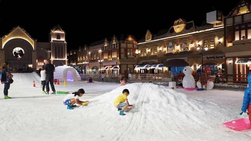snow-town-kuwait