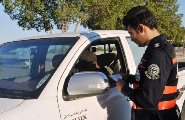security-authorities-arrested,-21-students-for-driving-cars-without-driving-licences_kuwait