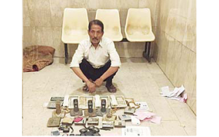 an-asian-man-arrested-for-tapping-international-call-lines-in-jleeb_kuwait