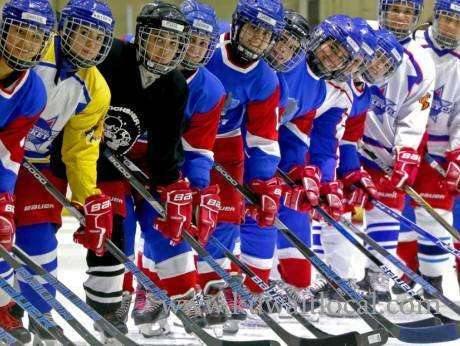 kuwait-ice-ladies-lace-up-for-world-hockey-tournament_kuwait