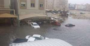 1,600-cases-handled-during-rain-in-kuwait-these-days---mpw_kuwait