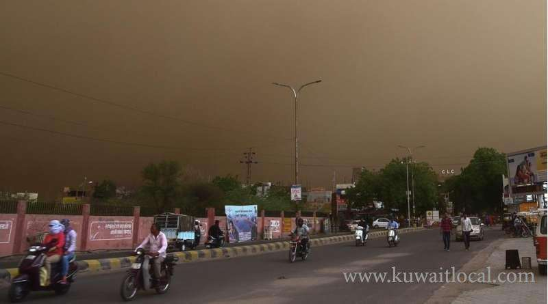 24-killed,-over-100-injured-as-dust-storm-wreaks-havoc-in-india_kuwait