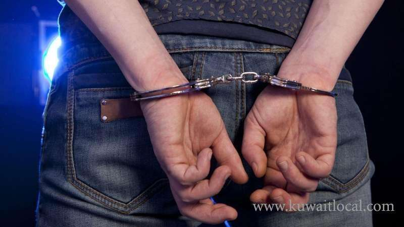 expat-juvenile-was-arrested-for-stealing-the-contents-of-vehicles_kuwait