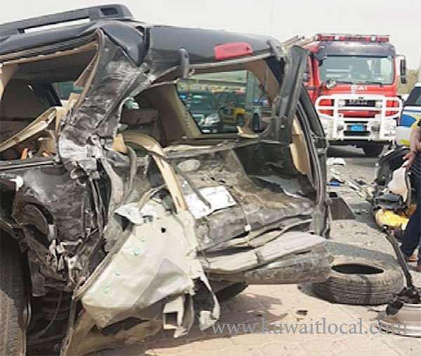 3-individuals-injured-in-road-accident_kuwait