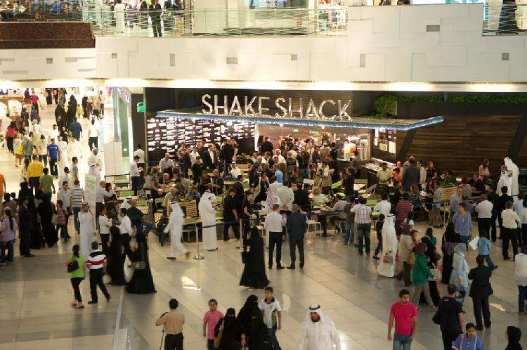a-34-year-old-kuwaiti-woman-arrested-for-shoplifting-from-stores-inside-avenues-mall_kuwait