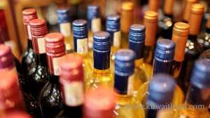 asian-expat-arrested-in-possession-of-40-local-manufactured-liquor-bottles_kuwait