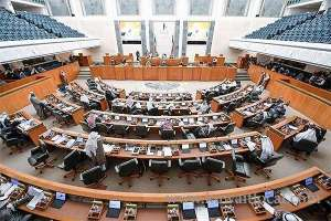 no-show-adjourn-assembly-----immunity--lifted-by-default_kuwait