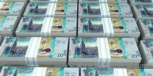kuwaitis-and-residents-spent-kd-23-billion-in-1-year_kuwait