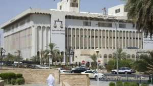 court-rejected-a-lawsuit-filed-by-a-son-against-his-mother-to-refer-to-psychiatric-institution_kuwait