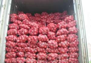 all-vegetables-fruits-and-onions-available-in-kuwait-central-vegetable-market_kuwait