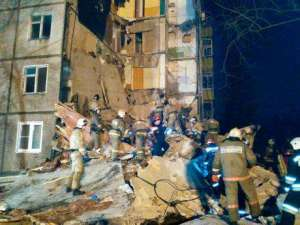 7-killed-and-30-trapped-in-russia-gas-explosion_kuwait