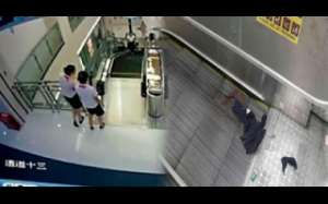mom's-tragic-death-on-an-escalator-after-saving-her-son!_kuwait