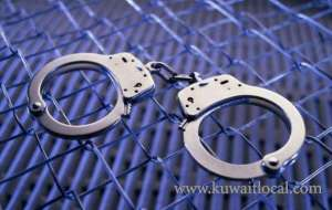 egyptian-arrested-for-stealing-passengers-bags_kuwait