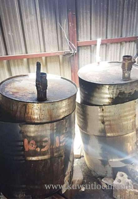 120-barrels-of-liquor-seized-in-wafra_kuwait