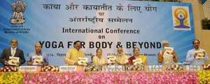 4-kuwaitis-attends-international-conference-on-yoga-for-body-in-delhi_kuwait