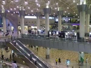 workers-at-airport-refused-to-work_kuwait