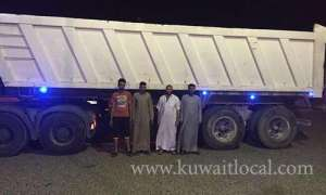 5-egyptians-arrested-for-stealing-dump-truck-beds_kuwait