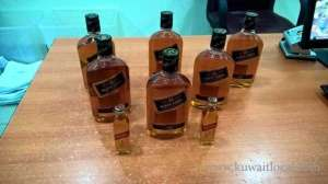 citizen-arrested-for-attempting-to-smuggle-liquor_kuwait