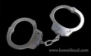 a-kuwaiti-citizen-arrested-for-attempting-to-smuggle-hunting-guns_kuwait