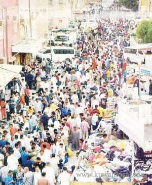 business-thriving-in-stolen-goods-market-souk-haramiya_kuwait