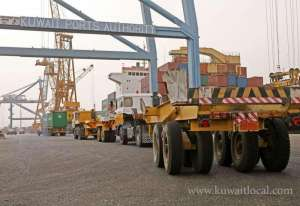 security-team-has-been-assigned-to-closely-monitor-the-arrival-and-departure-of-containers-at-shuwaikh-port_kuwait