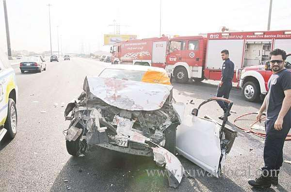 bedoun-man-died-and-his-three-children-sustained-serious-injuries-in-an-accident_kuwait