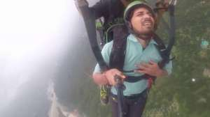 indian-paragliding-funny-viralvideo_G2D