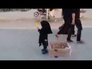 3-years-old-cute-girl-distributing-iftar-meals-to-others_G2D